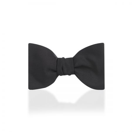 "Plain Barathea Silk 2.5"" Thistle Sized Bow Tie in Black"