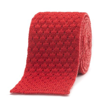 Marle Quilting Knitted Wool Tie with Stripe in Red and Pink