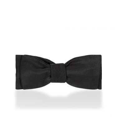 Plain Barathea Silk Batswing Sized Bow Tie in Black
