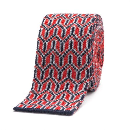 Y Jacquard Knitted Wool Tie in Red and Pink