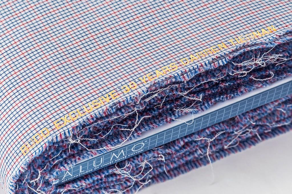 The Thirtieth Anniversary Cloth