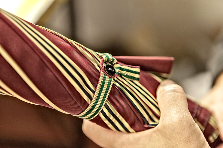 maglia umbrella fastening